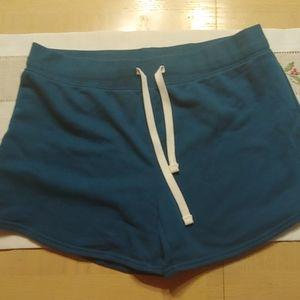 Reebok gym shorts M